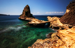 To Enjoy Beautiful Views in Tanjung Bloam Lombok